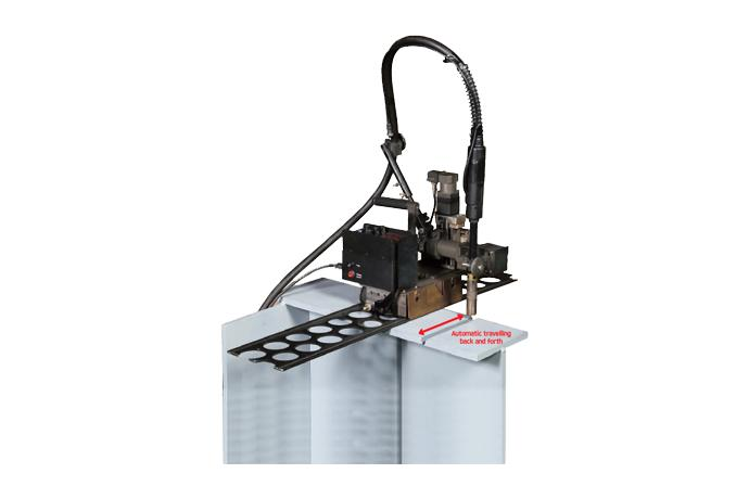 Butt Weaving Welder with automatic travelling back and forth