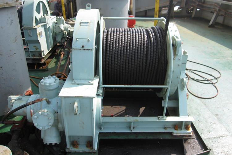 Topping Winch
