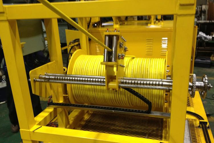 Cable & R.O.V Winch