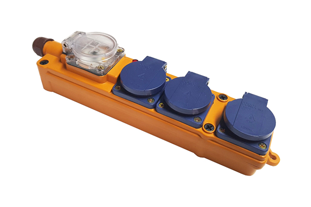 EOL-370 3구 방우형멀티탭