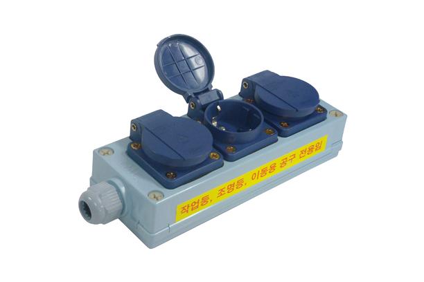 EOL-300 3구 방우형멀티탭