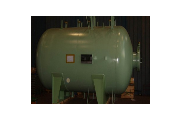 SERIVICE  WATER PNEUMATIC TANK