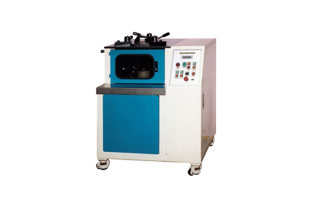 Gyrating Compaction Testing Machine