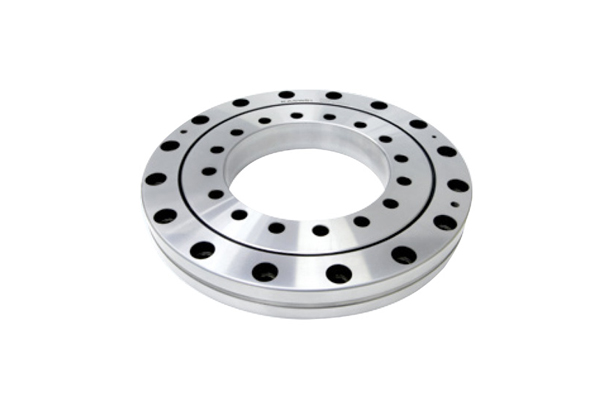 CROSS ROLLER BEARING (INNER AND OUTER RING ROTATION TYPE / MOUNTING HOLE)