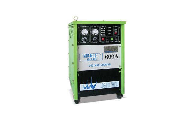 CO2 WELDING MACHINE