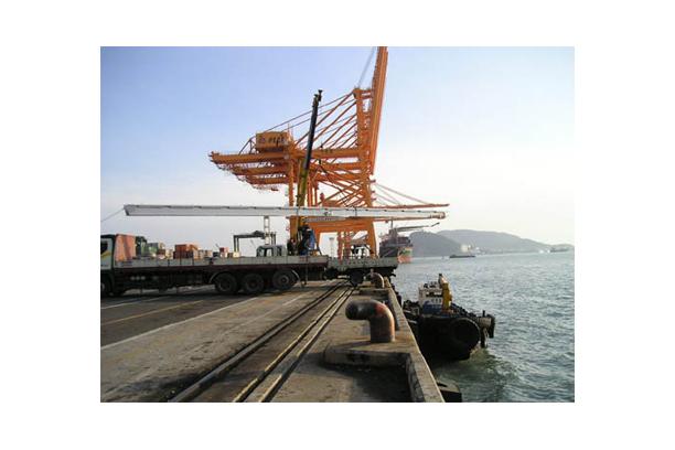 RENEWAL OF DAMAGE SHIPS GANGWAY