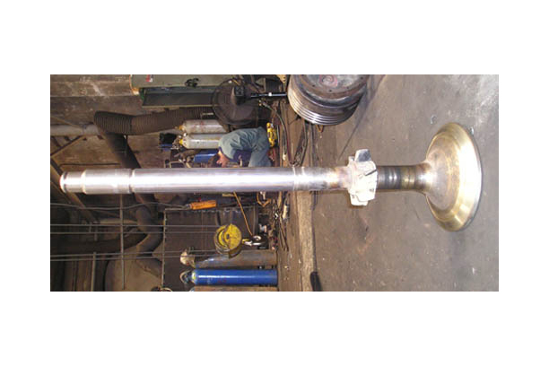 M/E EXHAUST VALVE SPINDLES