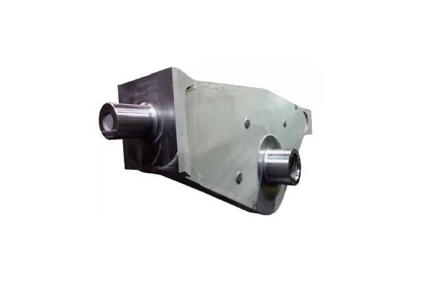 ROTARY VANE FOR VESSEL