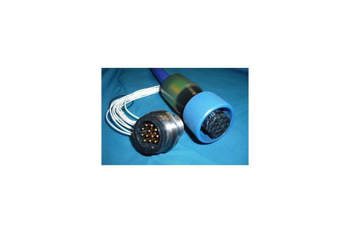 HCC 콘넥터