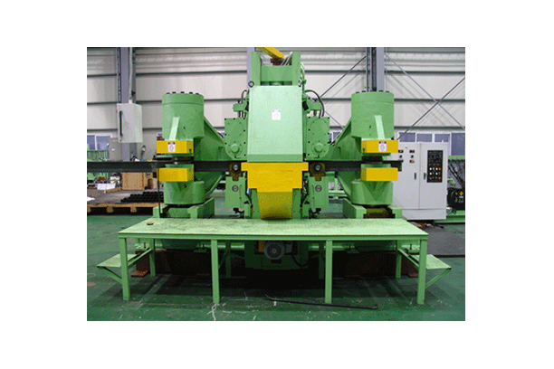700TON FRAME BENDING PRESS