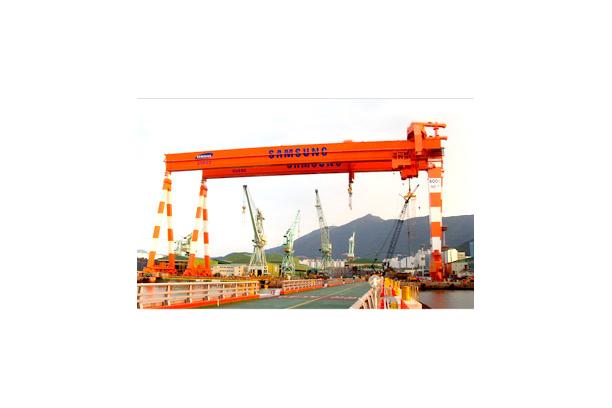Goliath Crane 600Ton