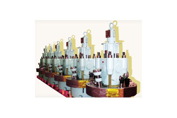 Engine Component Distributor