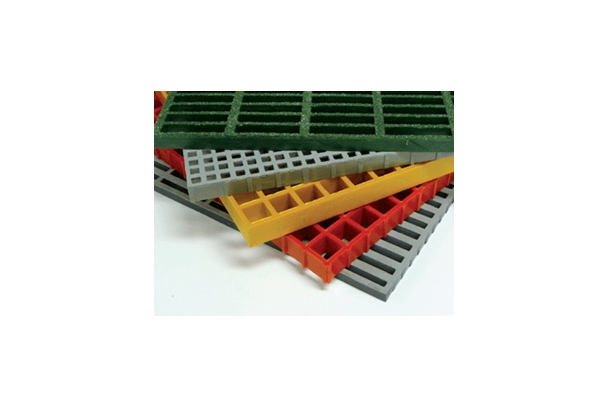 Molded Gratings