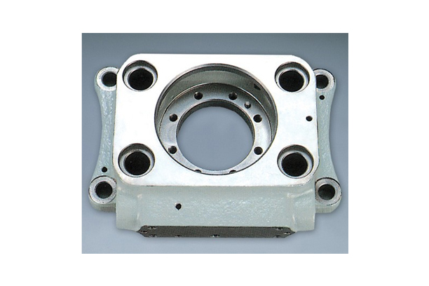 ROLLER GUIDE HOUSING OF INJECTION PUMP OPERATING GEAR (PC2-5V TYPE ENGINE)